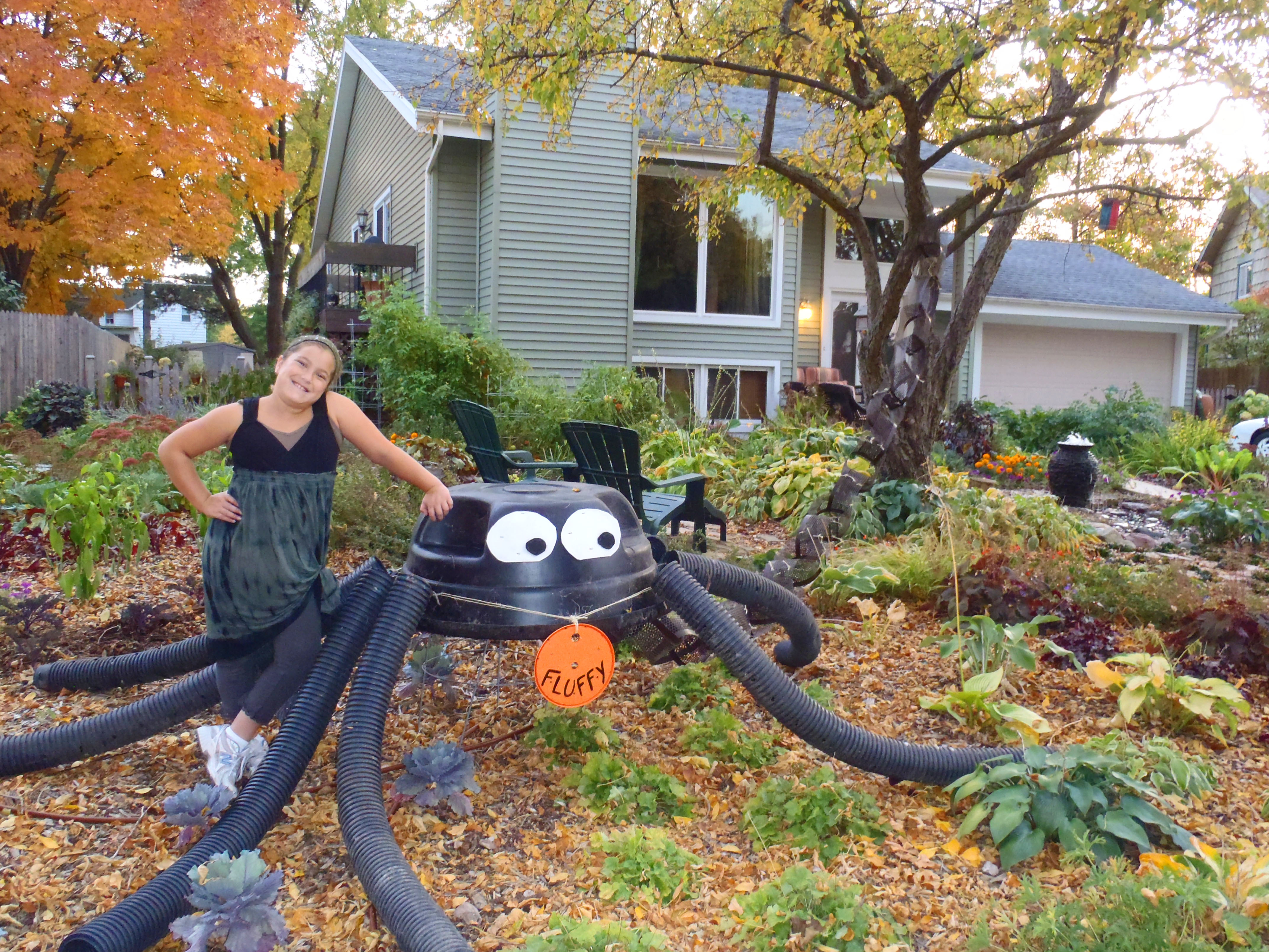 giant halloween spider made from recycled materials