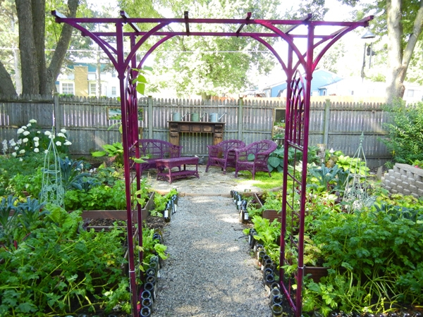 Recycle an Iron Arbor