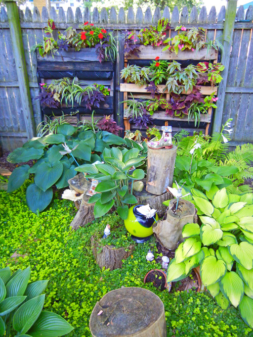 How To Build A Pallet Wall Garden 2