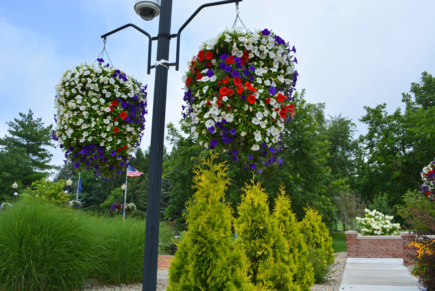 Kokomo Indiana HGTV Flower Display Veterans Memorial Park 2
