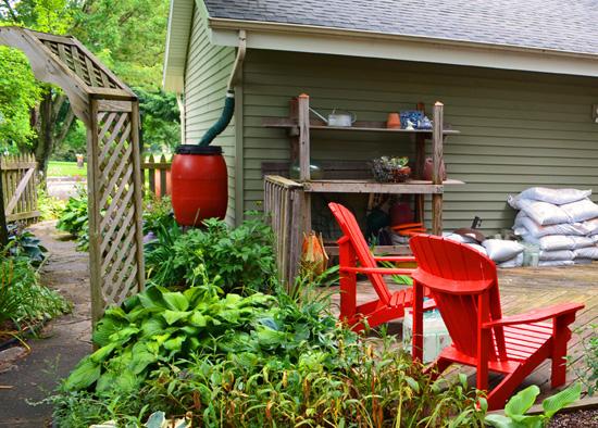 Potting bench outdoor garden room side view