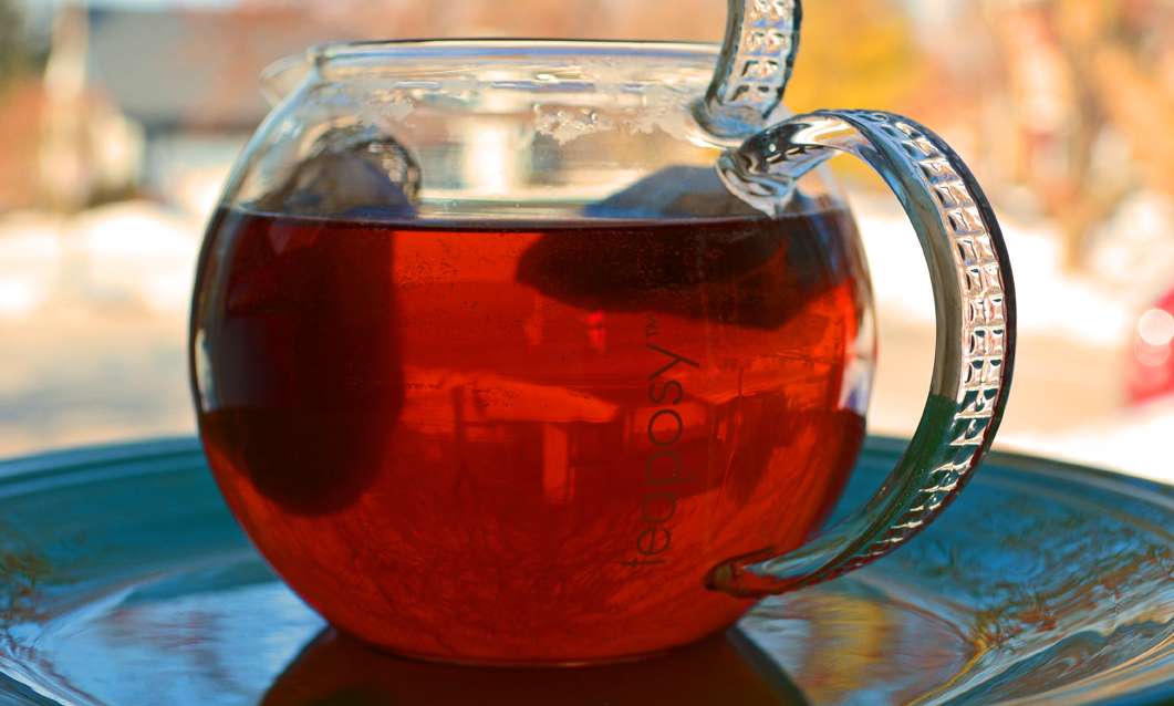 Advantages of Glass Teapots and an Herbal Tea Recipe