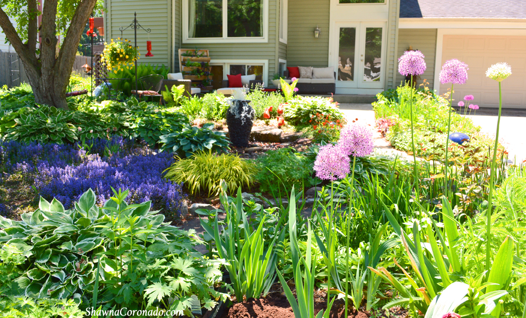 Garden Patio Makeover and a Succulent Wok