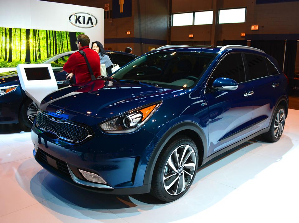 KIA Niro Car Auto Show
