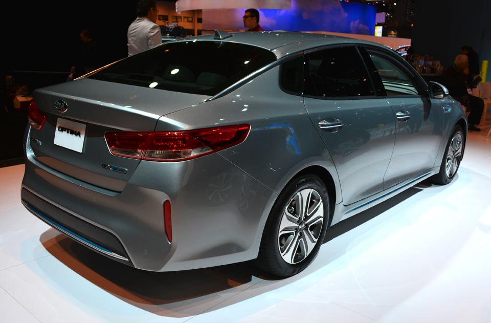 Kia Optima Hybrid Auto Show