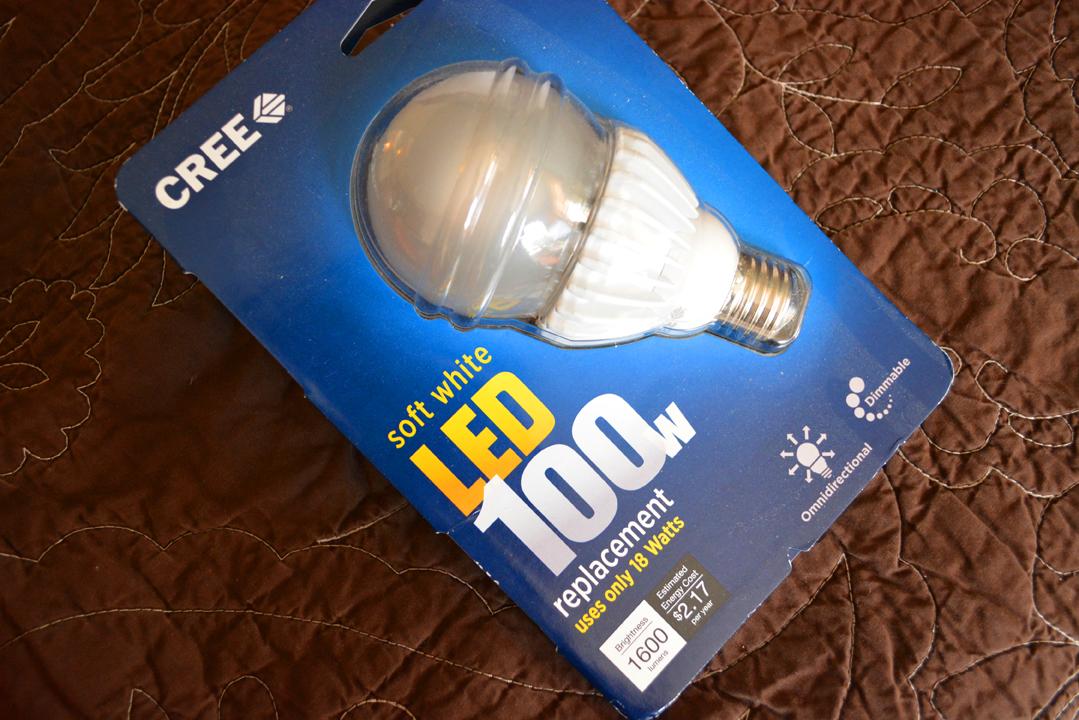 LED Lightbulb Dimmable Package