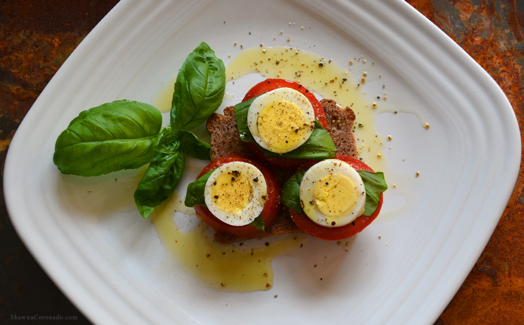 Antiinflammatory Breakfast Recipe Eggs Basil Olive Oil
