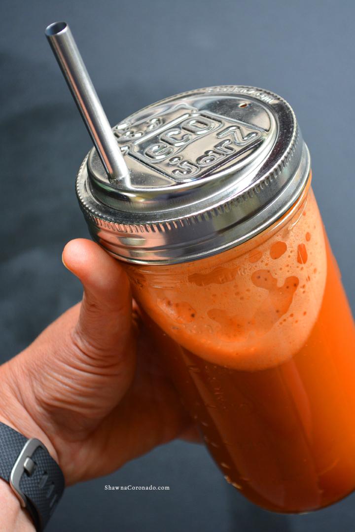 Juicing and Ecojarz mason jar