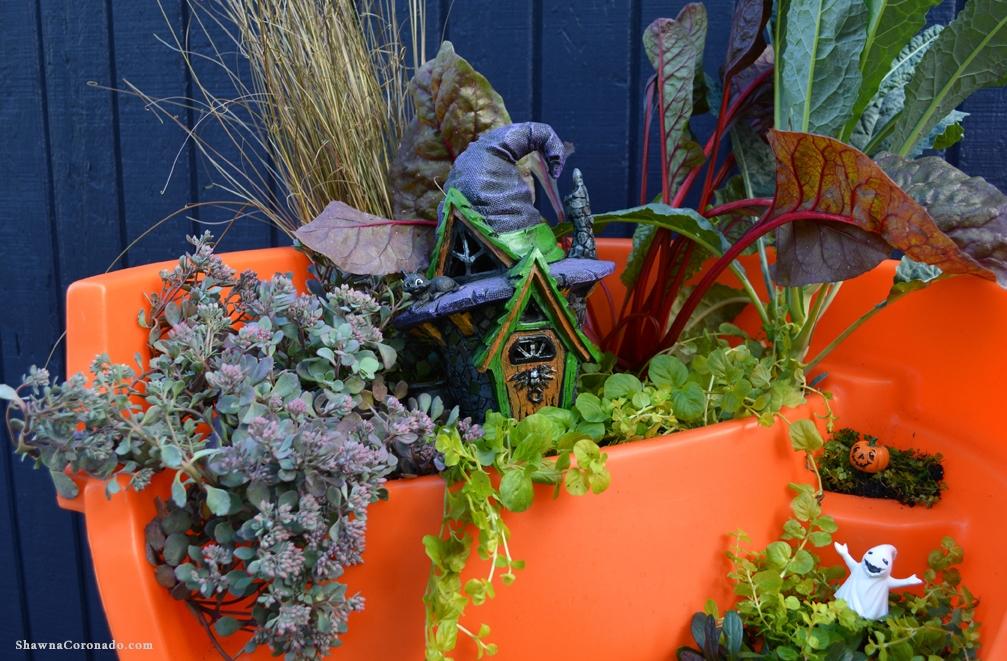 Halloween Broken Pot Container Garden Plants