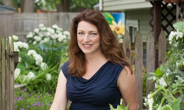 Shawna Coronado at the Garden Gate 2
